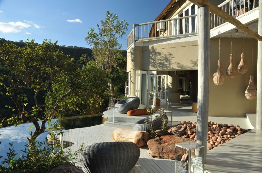Clifftop Exclusive Safari Hideaway Accommodation in the Welgevonden Game Reserve Limpopo