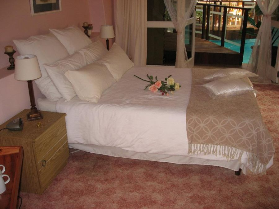 Dolphins View Guest House. Accommodation in Jeffreys bay Eastern Cape