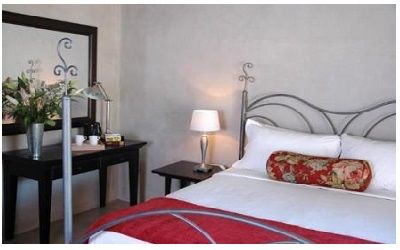 Jemimas Hospitality Guest Lodge (East London - Eastern Cape)