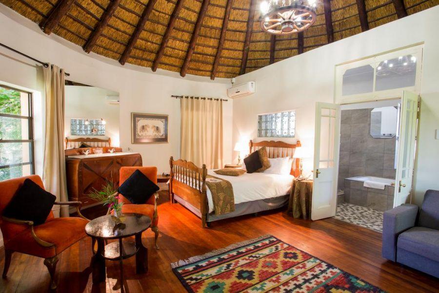 Montagu Country Hotel. Accommodation Montagu Winelands Western Cape