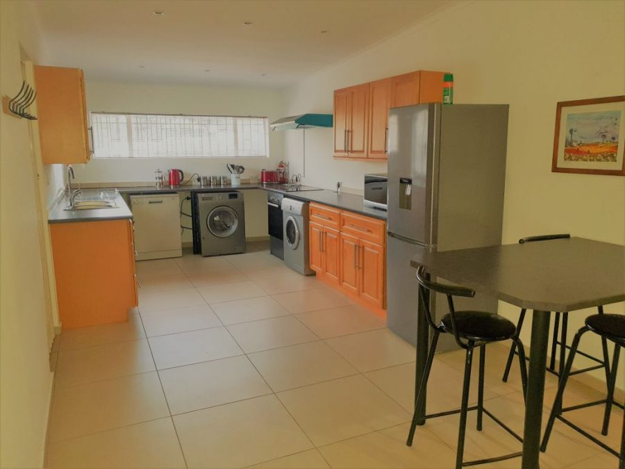Moonflower Self Catering Cottages. Accommodation in Randburg Gauteng