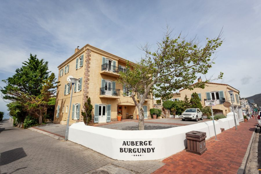Auberge Burgundy Boutique Hotel. Accommodation in Hermanus Western Cape