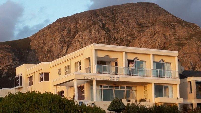 Hermanus Beach Front Lodge. Accommodation in Hermanus Western Cape
