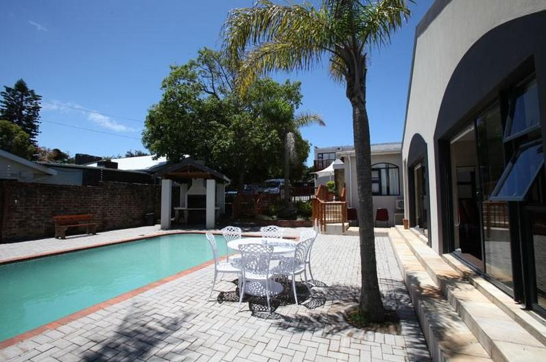 Jemimas Hospitality Guest Lodge. Accommodation in East London Eastern Cape